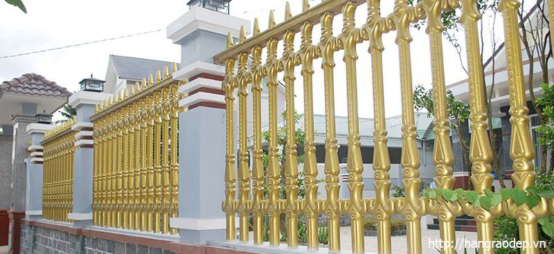 Hàng rào bê tông truyền thống