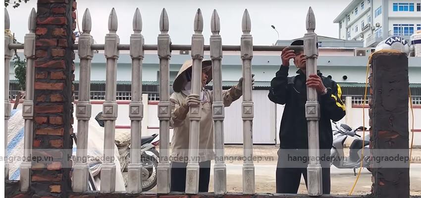 lắp đặt hàng rào vệ binh 1 lỗ