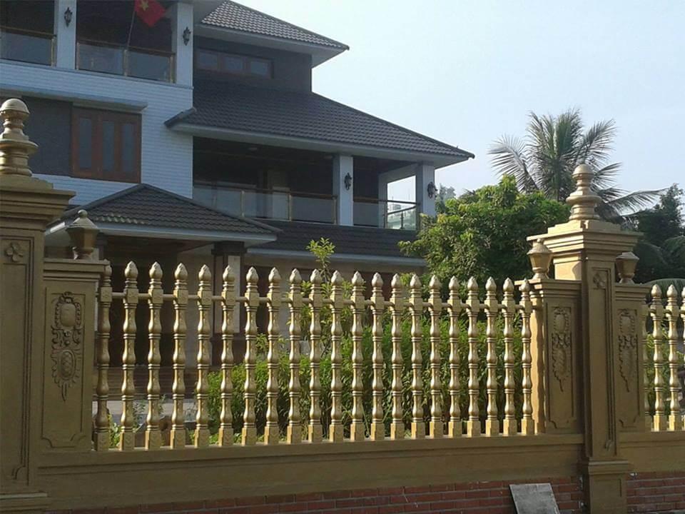Hàng rào bê tông ly tâm là mẫu hàng rào đơn giản chất lượng