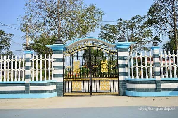 Mẫu cổng hàng rào đẹp vệ binh 2 lỗ