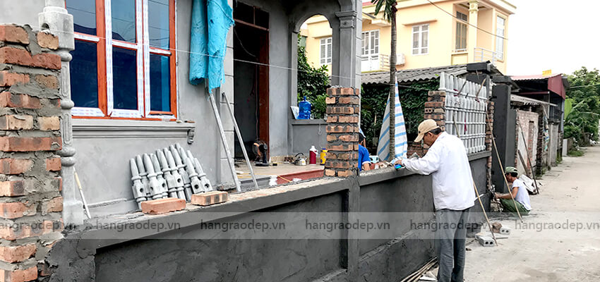 lắp đặt Hàng rào bê tông tháp trụ 5 đốt
